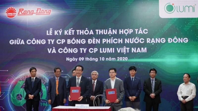 Lumi - Rạng Đông ký kết hợp tác chiến lược phát triển công nghệ Smart Lighting
